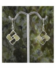 7054-connemara-4-panel-earrings