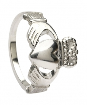 Claddagh Ring - Medium