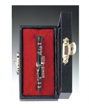 Black Clarinet Pin With Case